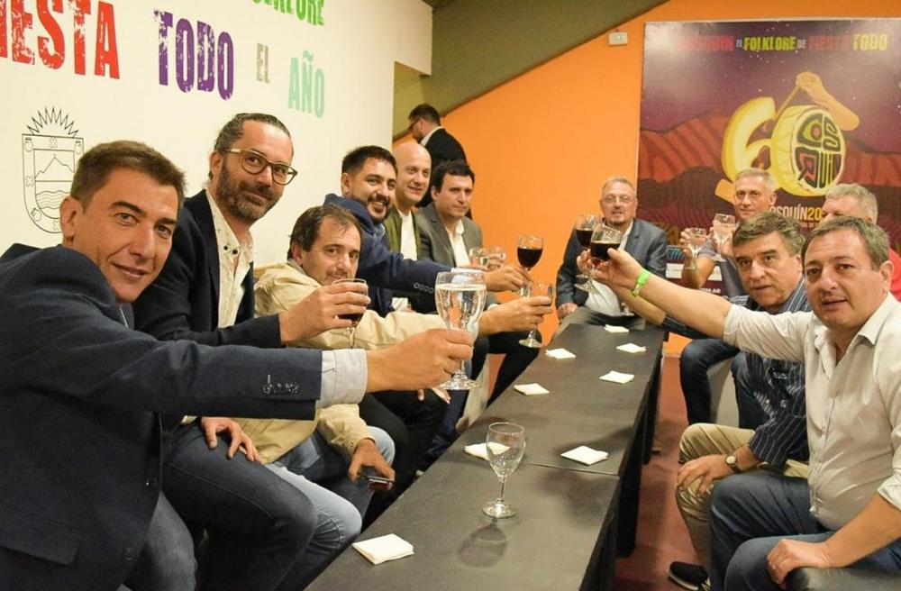 Los intendentes vecinalistas tuvieron un encuentro en Cosquín